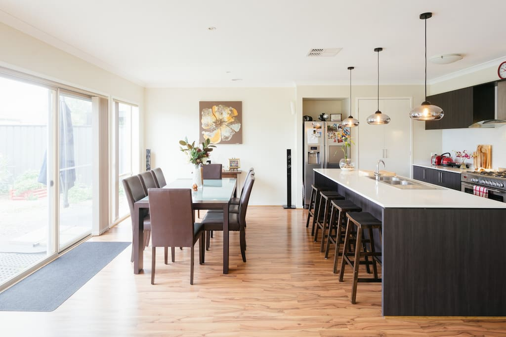 Dining room with kitchen bar