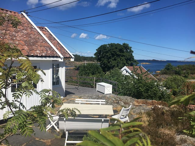 Holmesund: Beautiful cottage by the sea
