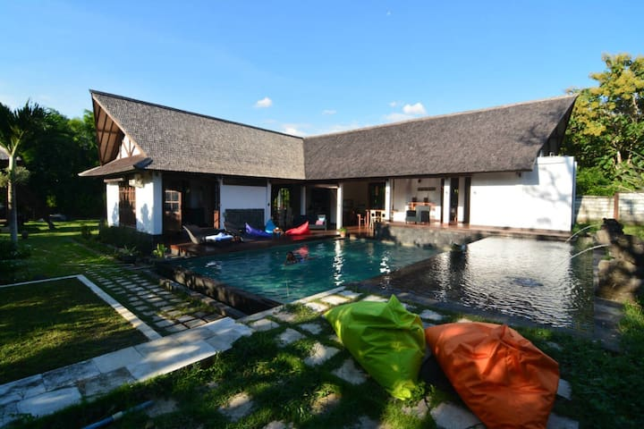 Villa More Bali Jalan Bingin - Badung Regency - Villa