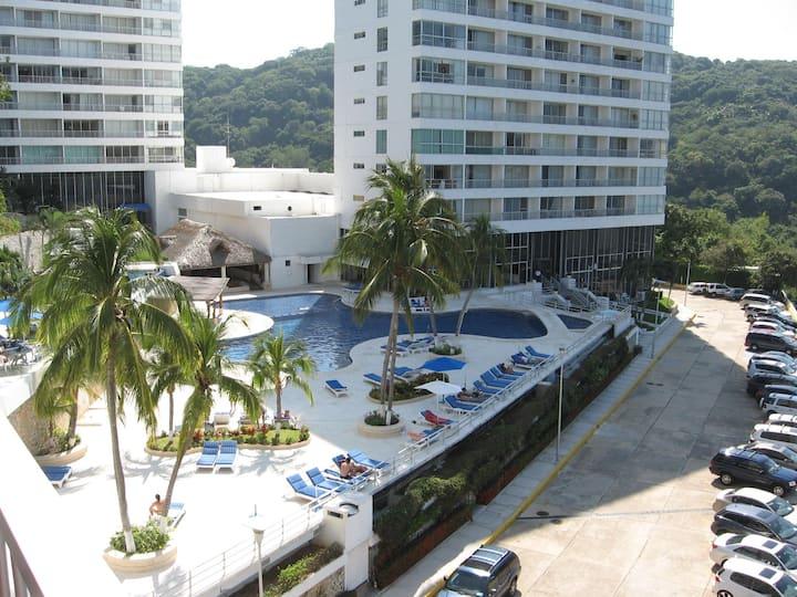 Condominio Torre Blanca, Acapulco Diamante