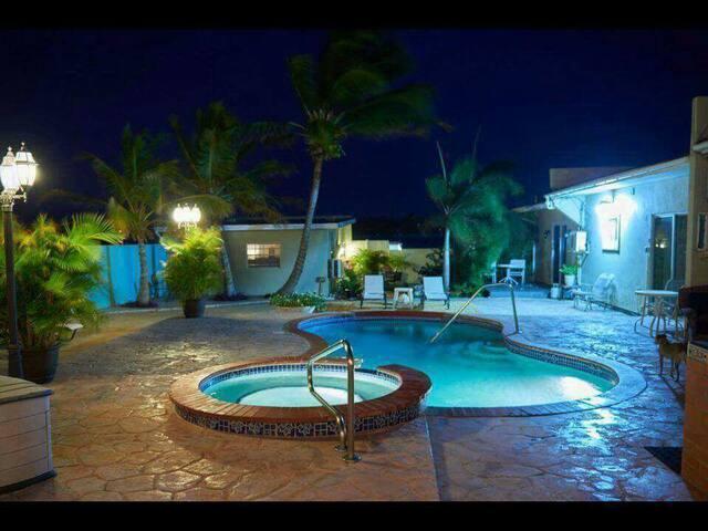 Pool view apartment - paradera - Apartamento