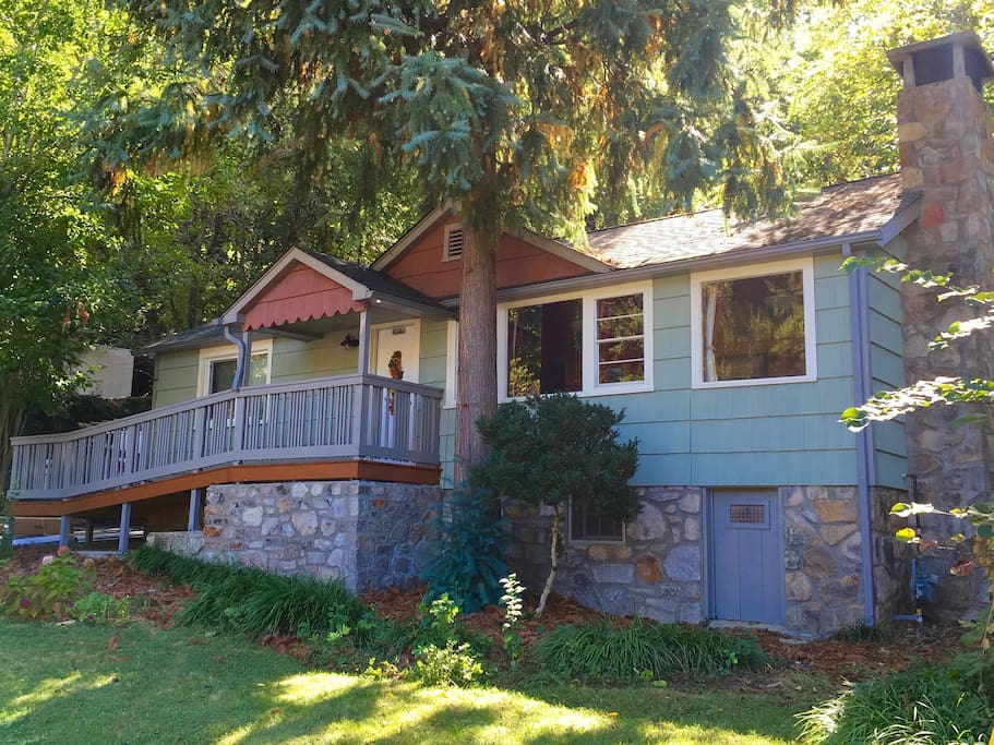 YOUR Gatlinburg vacation home!  Walk to everything