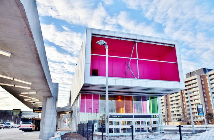 Finch West Metro/Subway Station is just 10 minutes walk. You can also hop on the bus that stops right in front of the house to take you to the station.