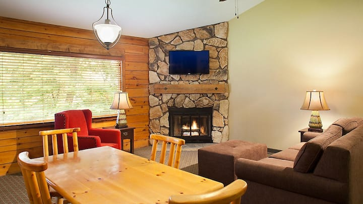 Christmas Mountain Village-2BR/2BA Timbers.