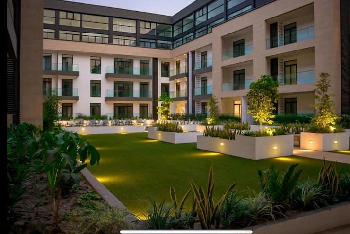 Premium Furnished Studio_Embassy Gardens
