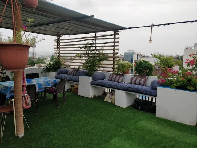 Access to rooftop terrace