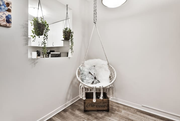 Beautiful Suspended chair
