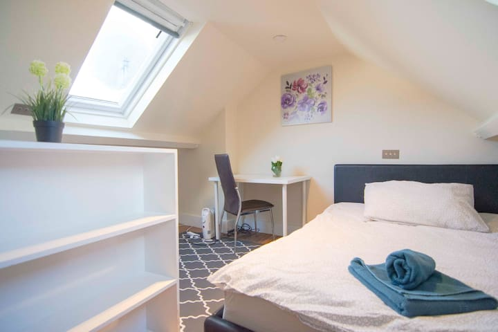 NOBLY Renovated Studio for 4 Guests at GREEN PARK