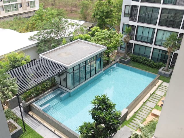 One bedroom at PROUD X2 near CENTRAL Chaengwattana