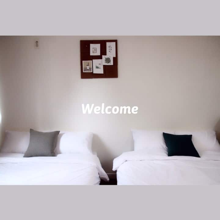 [Seoul Station 3 min] 2 Double Bed, Clean House@@