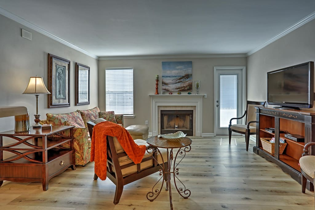 This getaway features 1 bedroom, 1 bathroom and accommodations for 4.