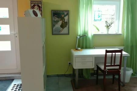 Doppelzimmer im Grünen - Huis
