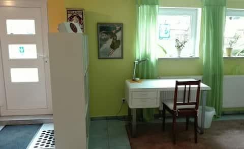 Doppelzimmer im Grünen mit separatem Eingang