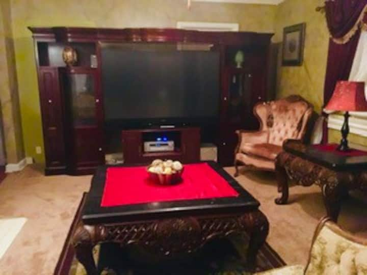BEST DEAL IN TOWN ENTIRE 1 BEDROOM APARTMENT 59.00