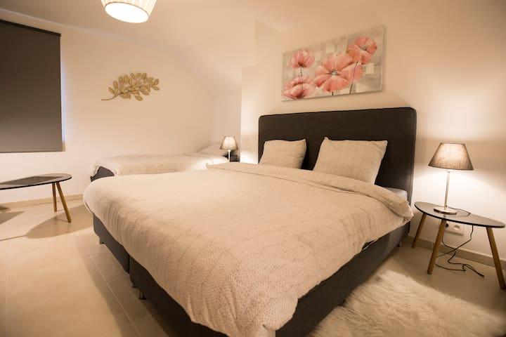 Chambre à coucher (1)