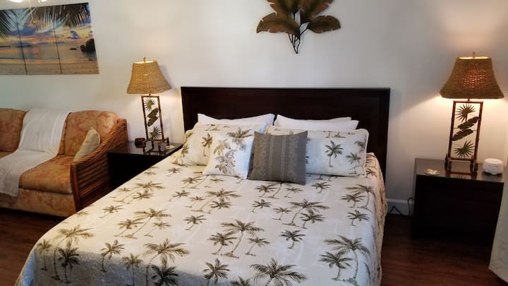 Romantic suite in beautiful Princeville