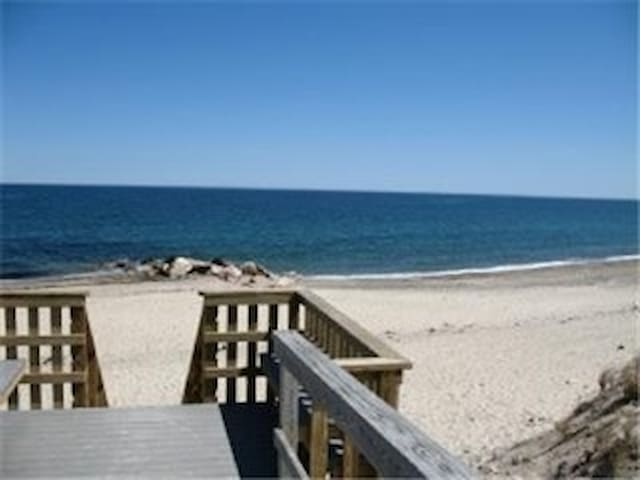 Spend the day at Town Neck Beach, Sandwich