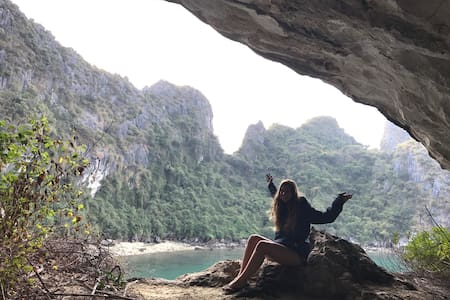 Discover Halong Bay + Poem Moutain - tp. Hạ Long - Huis