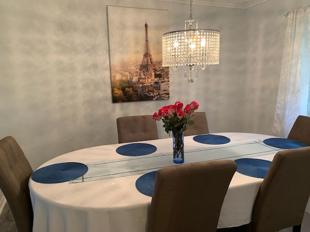Dinning room seats up to 8