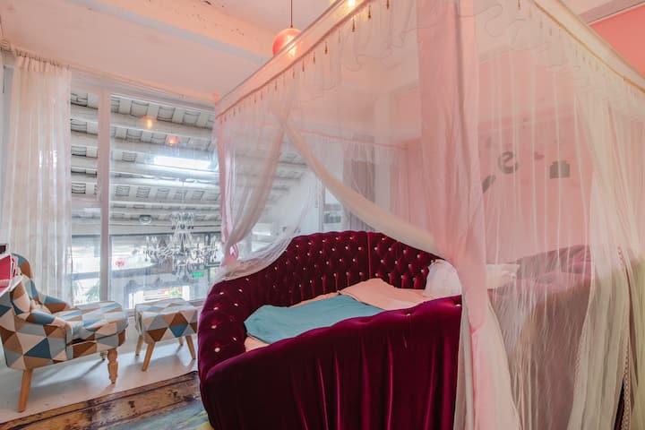 深圳较场尾梦雅·海边客栈浪漫圆床房