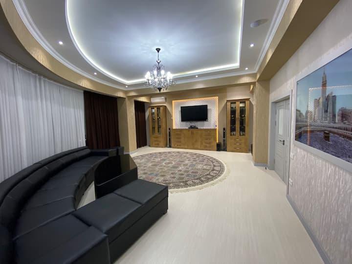 172kv Шикарная люкс 4x-комнатная новая квартира