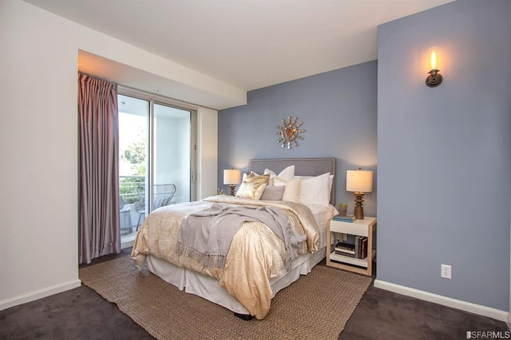 Large Fully-Furnished Bedroom in a Luxury Condo