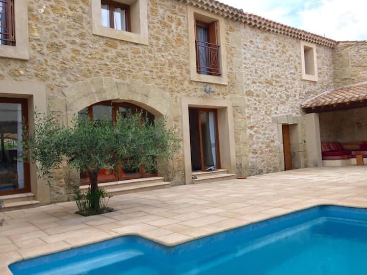 Belle Maison de village avec piscine