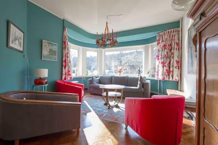 Sfeervolle, ruime villa in Haren Gn - Haus