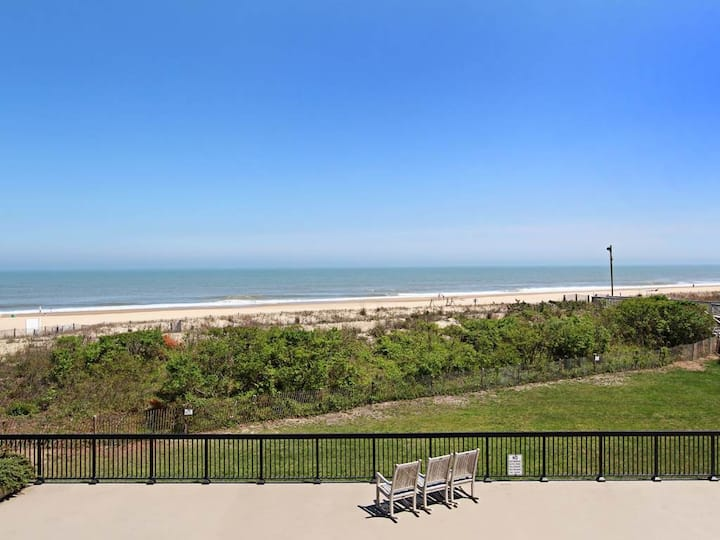 Sea Colony Ocean 2nd floor condo w/ gym, pool, and basketball court