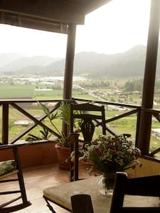 Wonderfull House in Mountains with Great View - Constanza