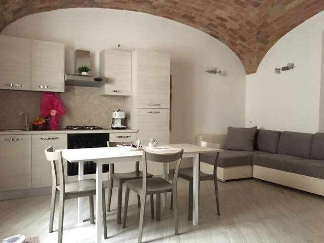 Terracina, via Benvenuti 31 - Terracina - Apartment