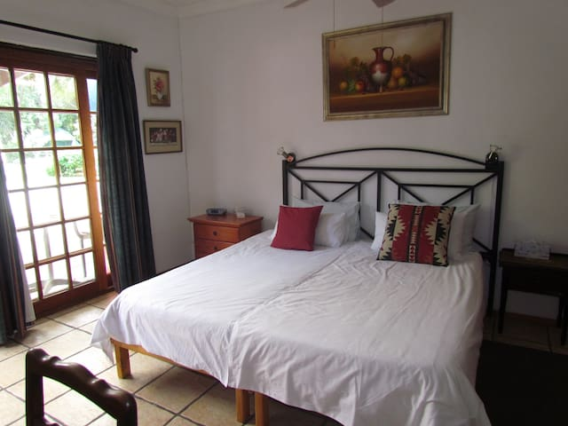 No. 2-Jannie (double room)