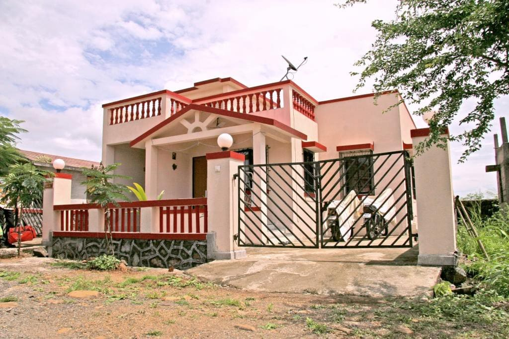 2 BHK Bungalow with Terrace