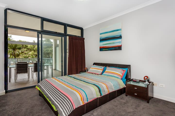 Beachfront Apartment on the Foreshore Rockingham