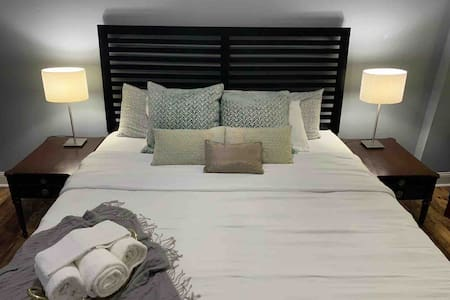 Beautiful Private Bedroom Newly Renovated
