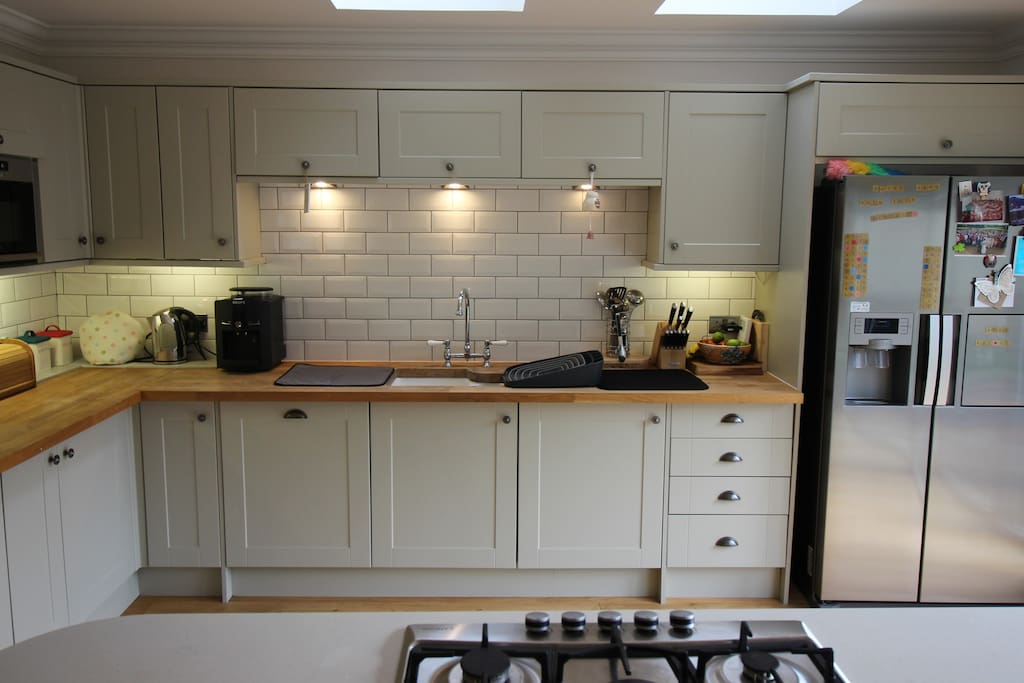Kitchen with all appliances available
