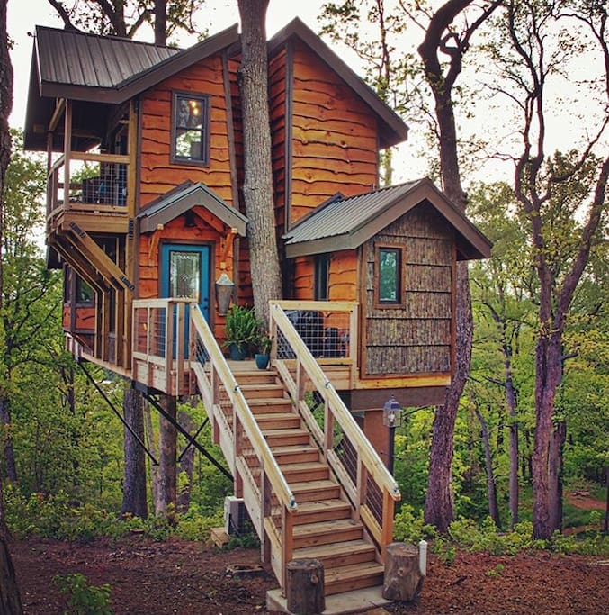 Help Find House For Rent: Mountaintop Treehouse W/ Sunset Views!