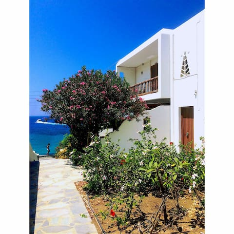 MYKONOS VACATION CLOSE TO THE SEA - Tourlos - House