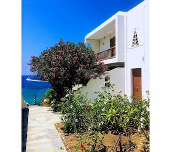 MYKONOS VACATION CLOSE TO THE SEA - Tourlos