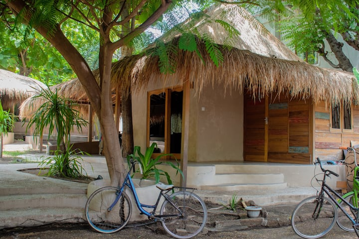 Jati Village hostel& Bungalows. Familial 2