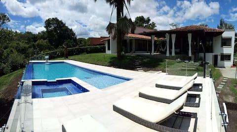 Casa Valentina Boutique with Pool Sauna & Jacuzzi
