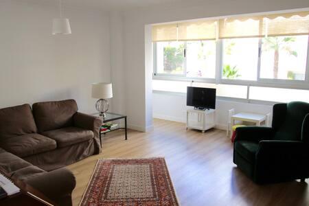Urban Modern 3 bedroom flat with quality decor