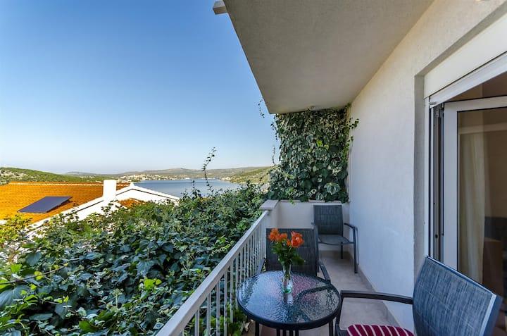 One bedroom Apartment, seaside in Razanj, Balcony