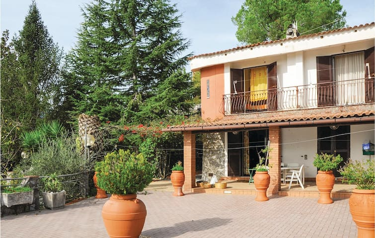 Semi-Detached with 3 bedrooms on 100m² in Torre Orsaia (SA)