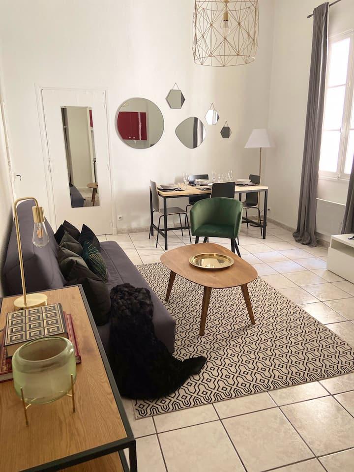 Studio centre-ville chaleureux et vintage