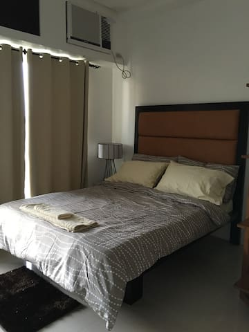 Studio apartment in city center - Bacolod - Wohnung