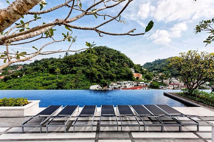 Luxury pool view 1 bedroom condo, center of Phuket