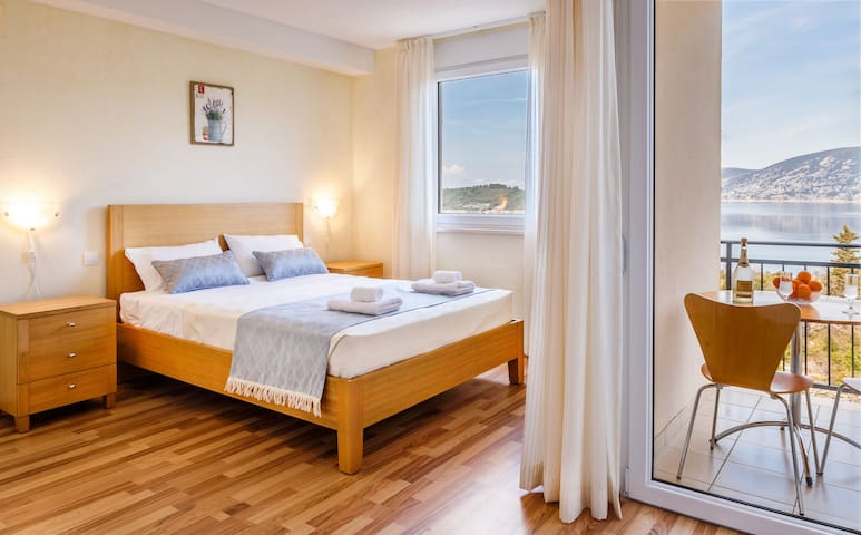 Sea View Deluxe Suite - Korčula  - Huoneisto