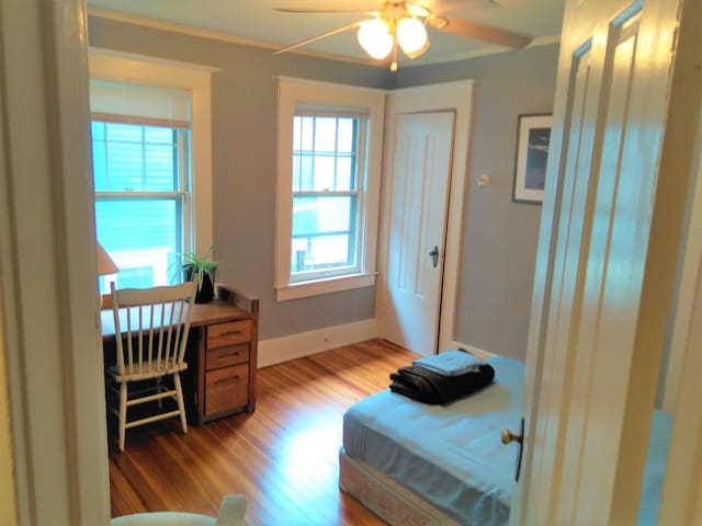 Home Away From Home! AC & Amenities!  Close at all