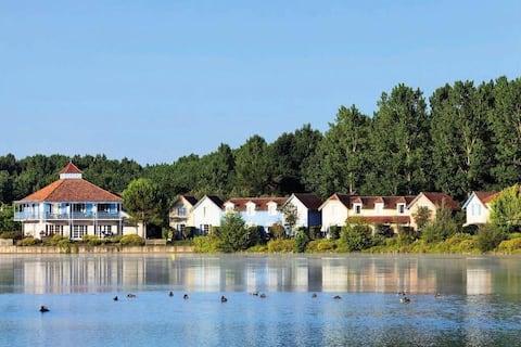 Arran du Lac - cosy 2 bedroom lake house - France